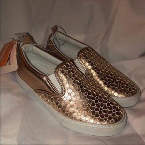 Gymboree gold shiny loafers